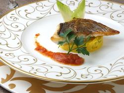 お気軽に食事したい時、料理のお試しにもちょうどいいコースです。