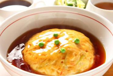 ふわぁっとかに玉丼(スープ・お新香・コーヒー付)