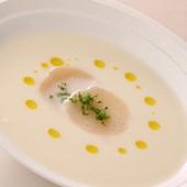 桃とホタテの冷製スープ