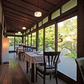 四季折々に表情を変える庭園を眺めながらの楽しいお食事を…。