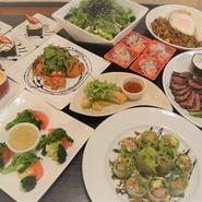 お食事¥2000~飲み放題¥1500 飲み放題セットプラン¥3000~ ※税別価格です