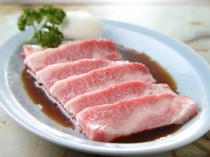 程よくサシの入った良質な肉だけを使用『カルビ焼き』