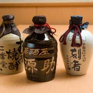 焼酎や日本酒も美味しいと思うものを取り揃えております。