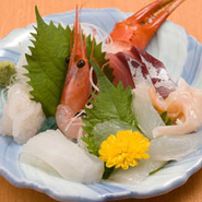 新鮮な魚介も毎日入荷。 本当に美味しいものをお出しします。