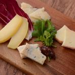 北海道チーズの盛り合わせ