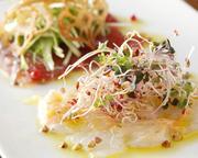 築地・産地からの旬の鮮魚のカルパッチョ盛合せです