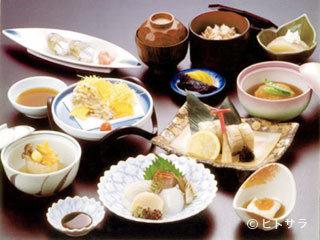 割烹 七草の料理・店内の画像1