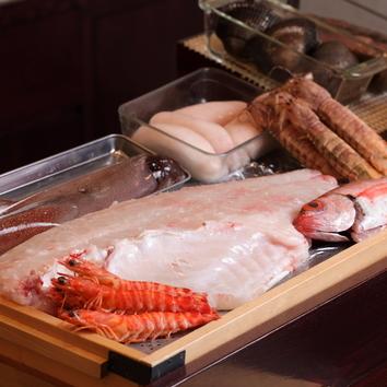その日に仕入れた鮮魚を堪能!大将おまかせコース 14,300円
