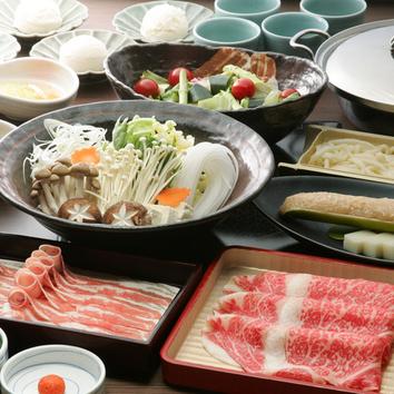 宴会コース4000円 (食べ放題にすると、5000円)