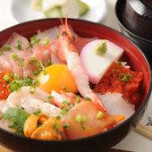 海鮮スタミナ丼 上(みそ汁・おしんこつき)