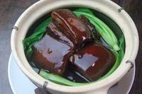 濃厚な醤油味で上海風に
