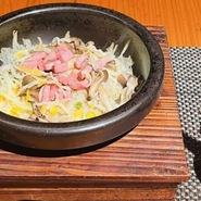 すべてのシーンに合わせた空間と料理を提供させていただきます。新鮮な活魚、広島地物の食材、お酒などで大切なひと時をご堪能ください。