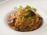 彩り野菜とソーセージのカポナータ