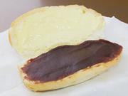 間違って同じパンに塗ってしまったのがきっかけで生まれたアンバターサンド、今では断トツ人気になりました