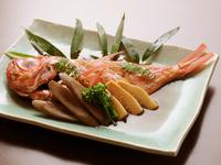 人気の魚、金目鯛。これから冬季にかけて旬なので、ますます旨味が増します。