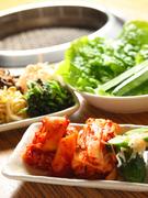 キムチやナムル・・・一品料理も豊富に揃っております