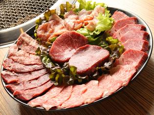 肉問屋さんがオススメのお肉をお楽しみ下さい