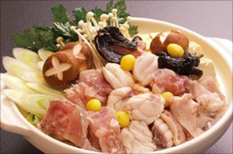毎年大人気のあんこう鍋、あん肝を味噌仕立てのだし汁に混ぜ、旨みとコクがたまらない鍋!