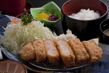 平田牧場三元豚 吟醸ロースかつ定食