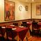 カップルの方にもおすすめのレストラン。本格的な雰囲気でどうぞ