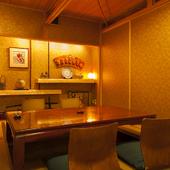 高級感あふれる落ち着いた雰囲気と美味な料理で、客人も満足