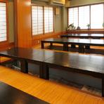10名以上対応の座敷など、色んなお席をご用意しております!