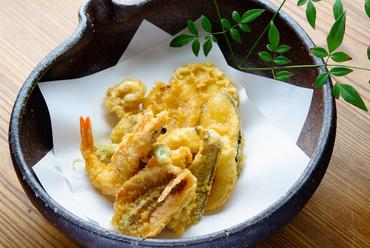 さくさく香ばしい『天ぷら盛り』