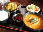 ミニ坦々麺が付いたボリュームまんてんの定食!