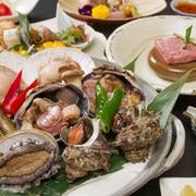 新鮮魚介の旨味と当館自慢の神戸牛をお楽しみ頂けます。~全8品~前八寸、造り、吸い物、温物、宝楽焼、食事、漬け物、果物