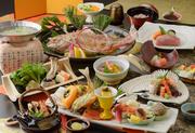 5名様以上のご予約で『祝い鯛』5名様未満のご予約で『白ご飯⇒赤飯』へご変更いただけます。※高砂、福寿、亀甲いずれかをご注文の場合に限ります。
