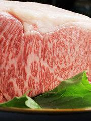 仙台牛ローストビーフから〆のデザートまで付いて、さらに飲み放題も120分付いた充実のコースです!