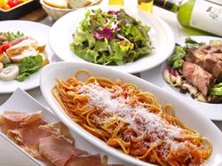 高知の旬の食材を使った全7~8品のお料理が、気軽に楽しめるお得なコース