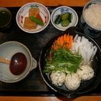 寒い季節にピッタリの1人前鍋料理です 自家製のつくねが食欲をそそります 仕上げに入れる水菜がポイント! (今年度は中止致しております)