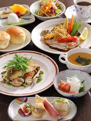 肉料理と魚料理が楽しめるおススメのコース!