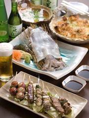 2時間飲み放題付きで、前日迄の要予約。4500円~は牛タン串や季節の高級食材料理にグレードアップ。