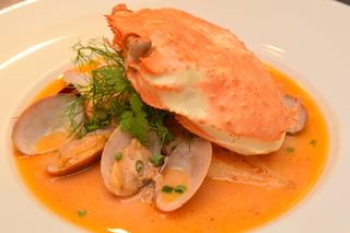 インスピレーションを大切にした独創的なイタリア料理