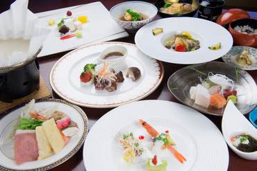 気軽に本格的な日本料理が楽しめる『4500円コース』