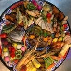記念日等の特別な日には、和の個室で和洋の特別料理を!1万円~