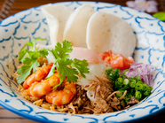 TVでも紹介された、 インドネシア風焼き飯『ナシゴレン』