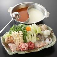 ポン酒鍋・おばんざい・お造り・サラダ・鶏唐揚げに飲み放題(90分)付きのプランです。