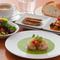 ホタテのポワレ,バジルソース/前菜2種・サラダ・パン・コーヒー