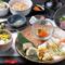 新鮮なお魚や旬の食材を盛り込んだランチメニュー