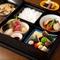 本格日本料理店「季節料理 根本」。豊富なお酒と共にどうぞ。