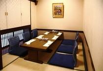 個室席は、接待や会食などにお勧めです。