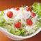 ボリューム満点のサラダもご用意「野菜サラダ」