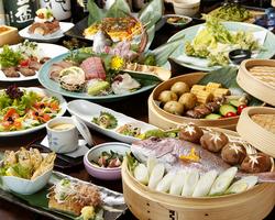 〈2名様より〉華やかに楽しいお仲間とグラスを重ね、桃源郷で大満足のひとときをお過ごし下さい。