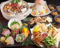 お好きなお鍋か、当店おすすめの真鯛丸ごとせいろ蒸しが選べる全8品のコースです。