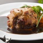 和牛あらびきハンバーグ ラタトゥイユ・チーズ焼き