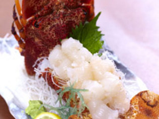 野菜は地元沖縄の食材を使用、魚は新鮮さが勝負です