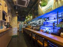 沖縄の料理を楽しみ、居心地よく過ごせるように配慮しています
